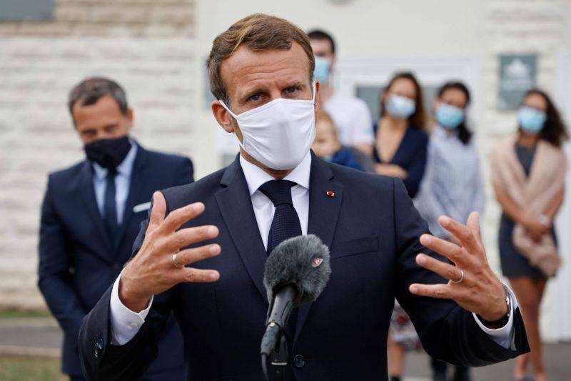 Macron compte aider la médiation sur le Bélarus, Poutine dénonce des