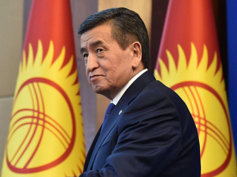 Le président Jeenbekov démissionne après 10 jours de chaos