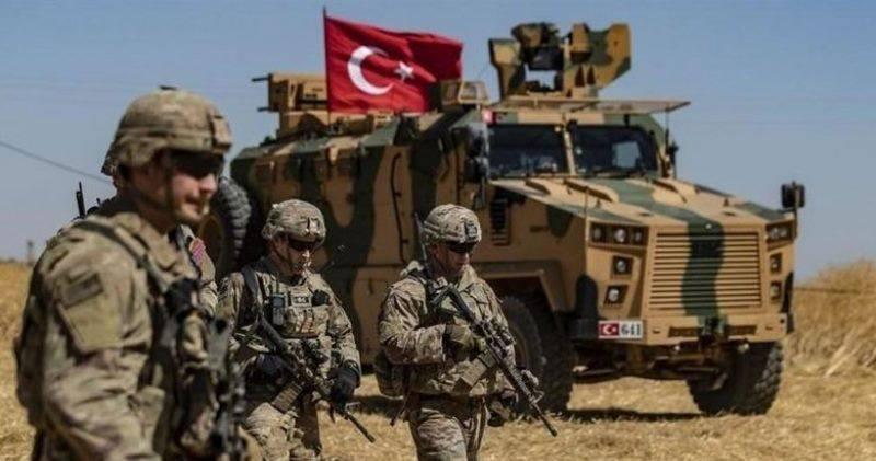 Des forces turques évacuent une position encerclée par le régime