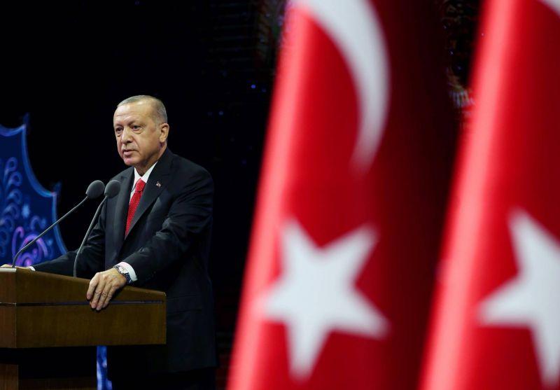 Ankara réagit vivement à une caricature de Erdogan dans Charlie Hebdo