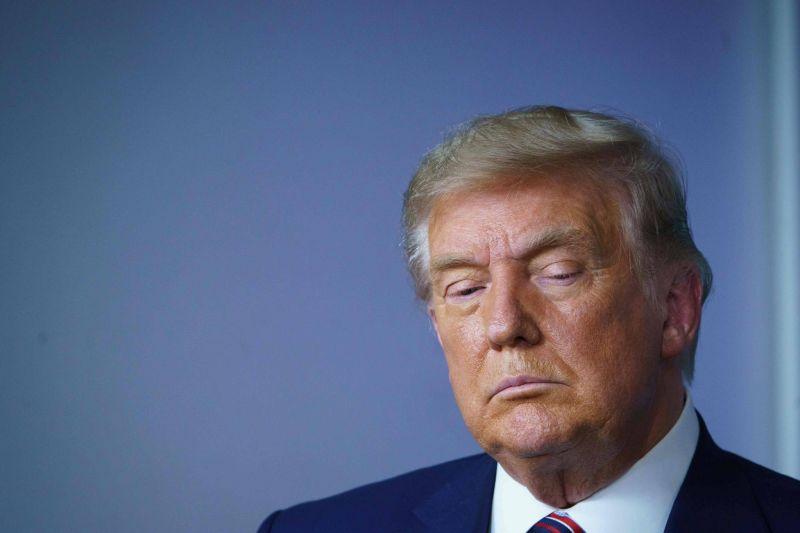Trump défend le retrait de l'accord