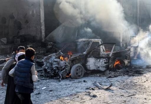 Six morts dans deux attaques à la voiture piégée en Syrie