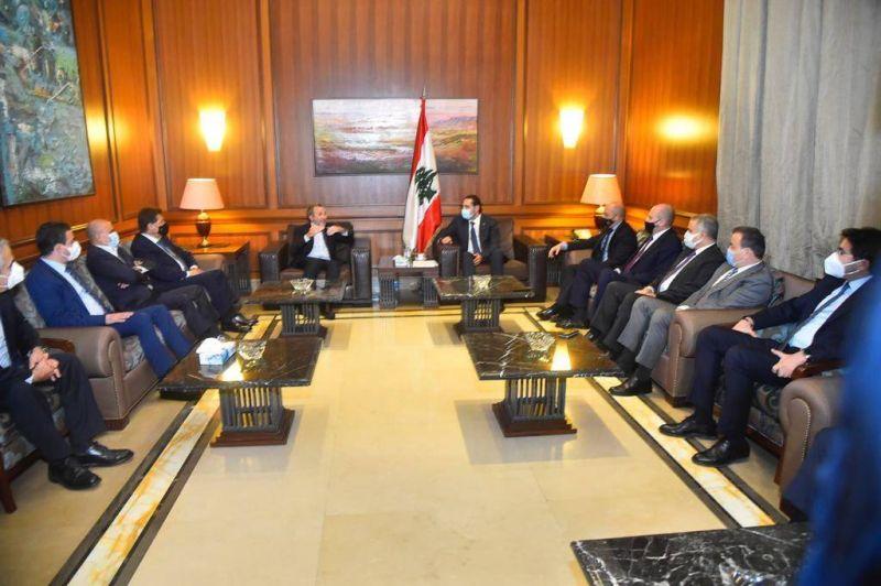 En attendant le retour de Hariri, la querelle CPL-Futur repart de plus belle...