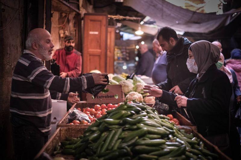 À Tripoli, «les pauvres ne peuvent plus se confiner, c'est fini»