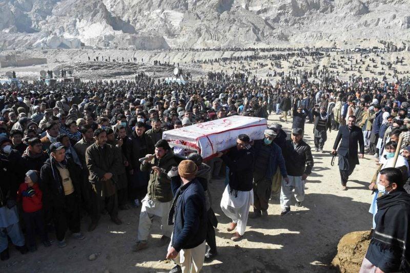 Les Hazaras enterrent leurs morts après une semaine de protestations