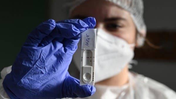 France : plus de 20.000 nouvelles contaminations en 24 heures