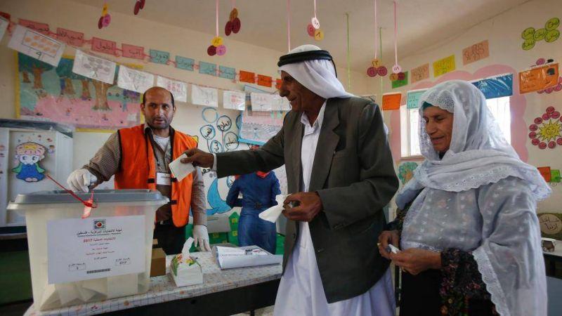 Autorité palestinienne: 15 ans après, des élections pourquoi faire ?
