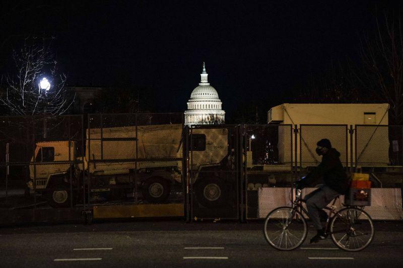 Climat, Covid-19, crise économique : Biden promet une série de décrets dès mercredi