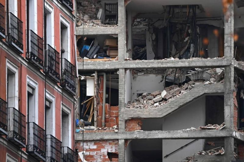 Au moins trois morts dans une explosion apparemment due au gaz à Madrid