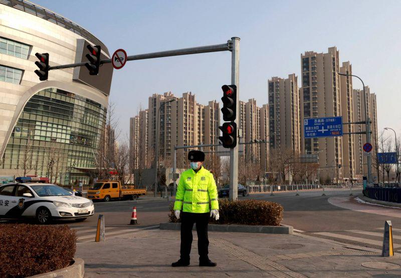 Une banlieue de Pékin confinée après six cas de Covid