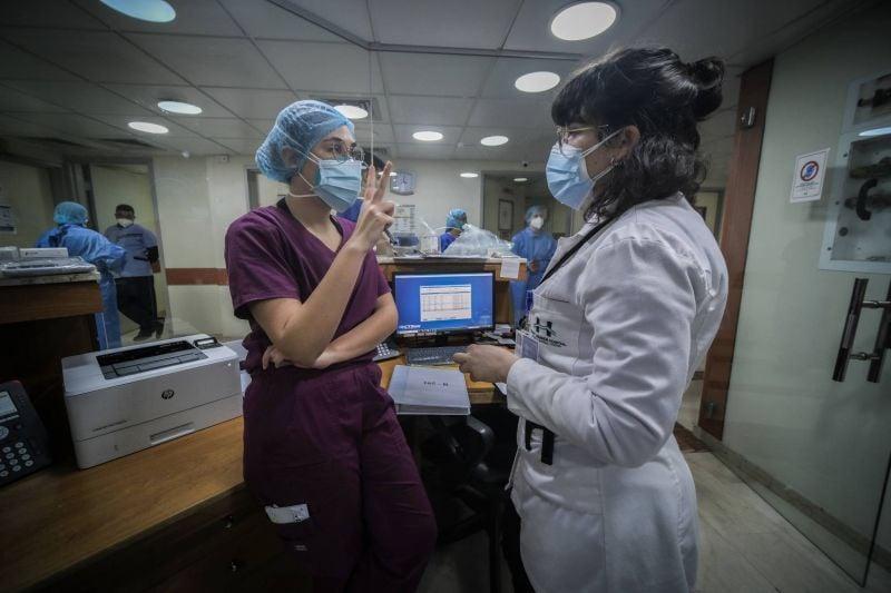 Médecins et personnel infirmier paient un lourd tribut à la pandémie