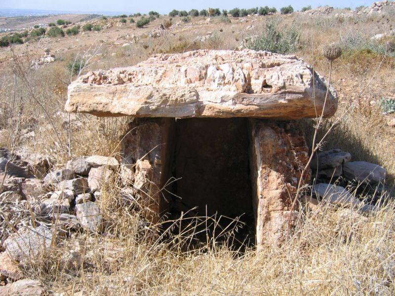 Pyramide, dolmen... Une nouvelle découverte dans le Akkar
