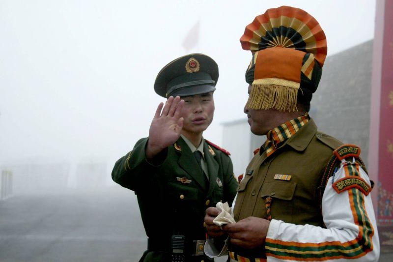 Nouvel accrochage entre soldats indiens et chinois à leur frontière himalayenne, Delhi minimise