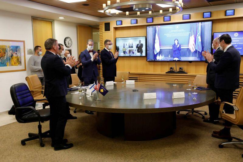Le Kosovo établit des relations avec Israël