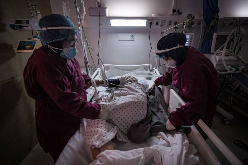 No relief yet for doctors and nurses fighting the COVID-19 surge