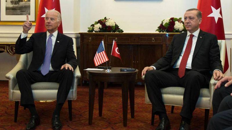 Entre Biden et Erdogan, des débuts tumultueux