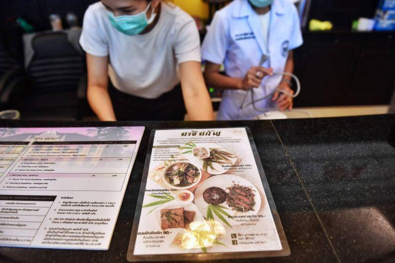 En Thaïlande, le cannabis revient dans les assiettes...
