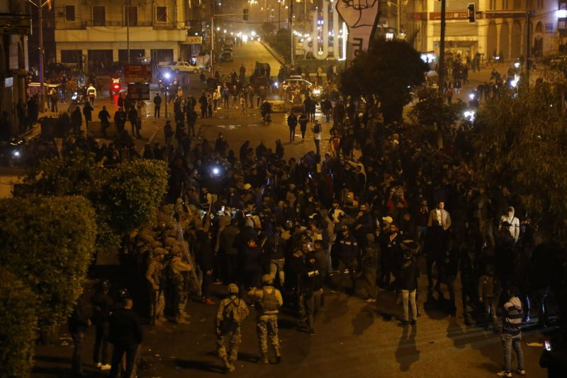 Le tribunal militaire poursuit tous les activistes arrêtés pour