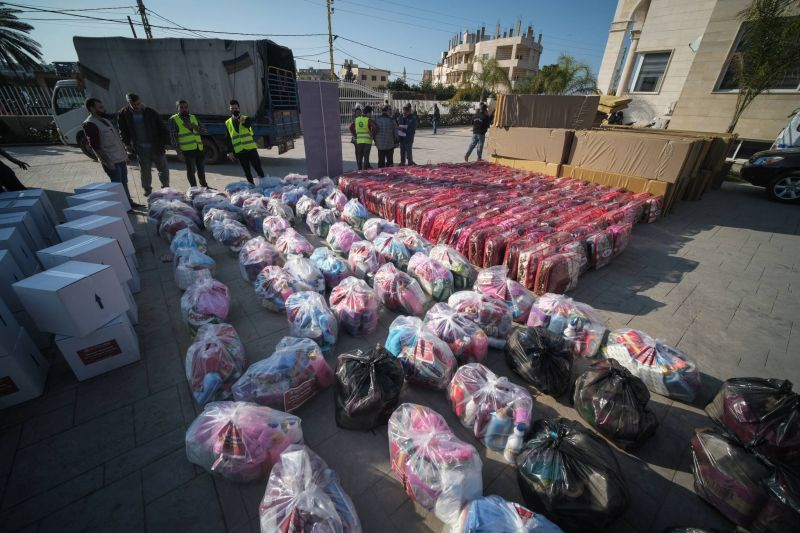 Ministry's demand for aid recipients' personal details halts some humanitarian assistance programs during lockdown