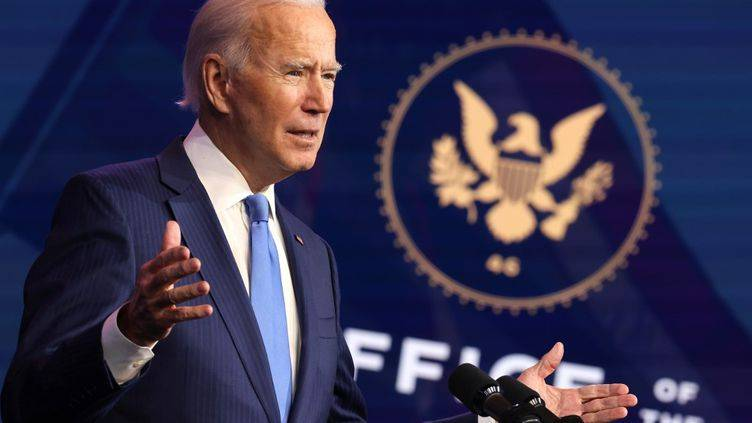 Biden s'attaque aux pénuries de biens «essentiels»
