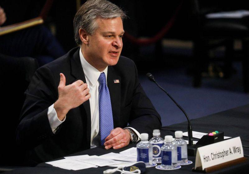 Le chef du FBI accuse les assaillants du Capitole de terrorisme intérieur