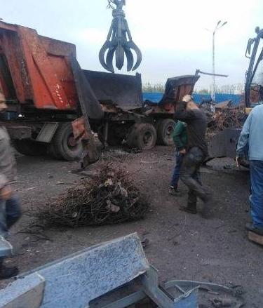 Explosion d'un engin métallique à Tripoli : un mort et quatre blessés