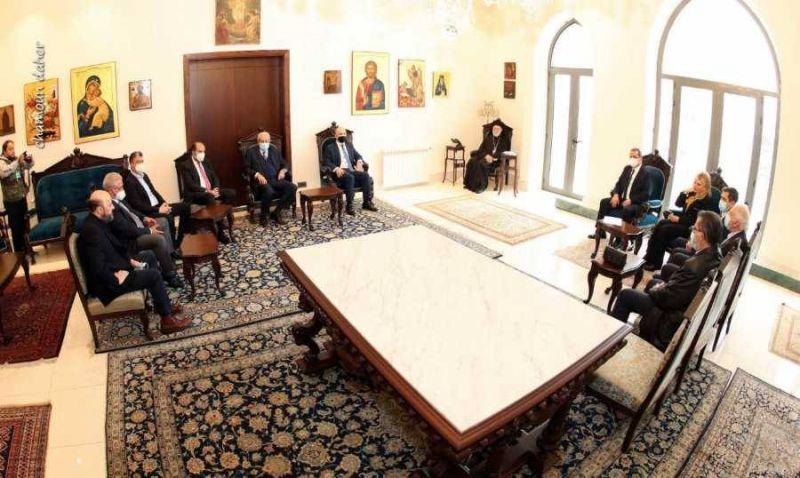 Geagea poursuit son forcing politique, mais ne passe toujours pas à l'acte