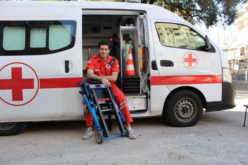 Étudiants et secouristes, un quotidien écartelé entre les missions à la Croix-Rouge et les études