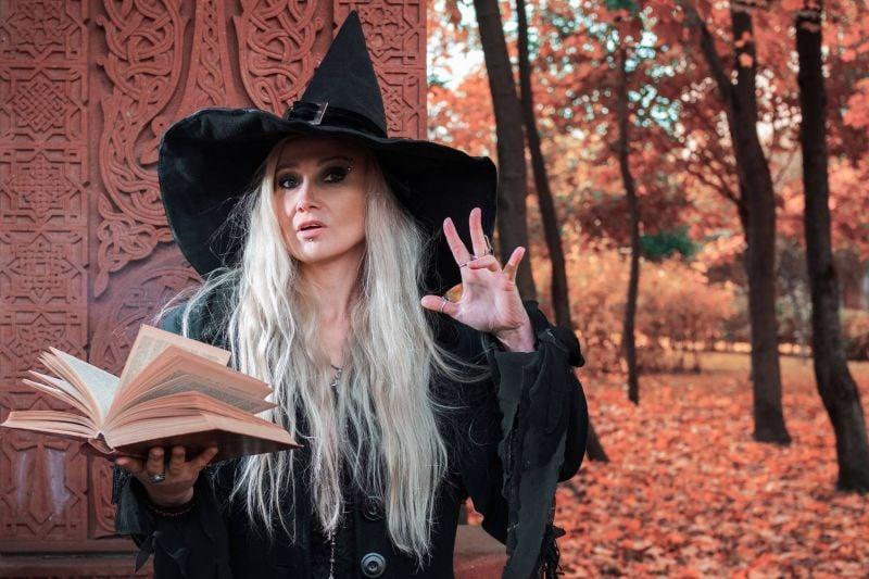 La bière, une histoire de femmes... et de sorcières