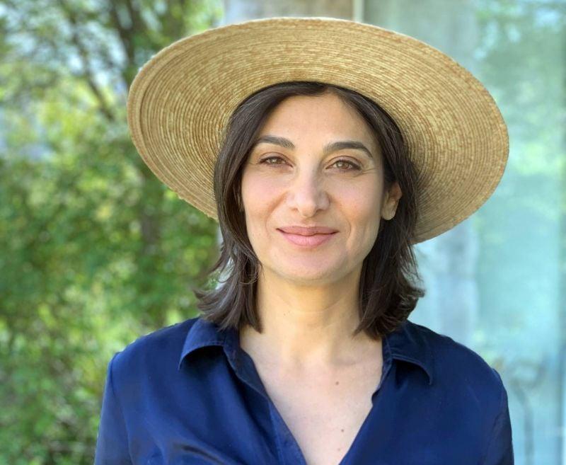 Rania Younes, des fleurs, le Liban