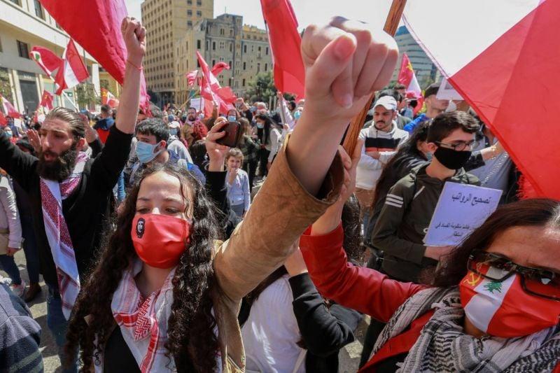 Des centaines de militants communistes défilent à Beyrouth pour
