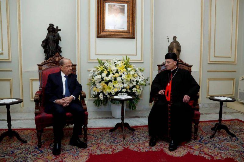 Aoun depuis Bkerké : Nous sortirons du tunnel lorsque Hariri reviendra au Liban