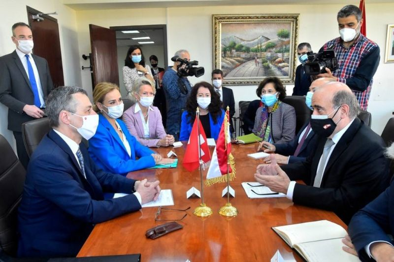 Le ministre suisse des AE reçu par Wehbé