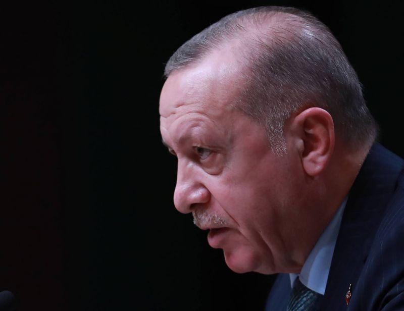 Erdogan dénonce la