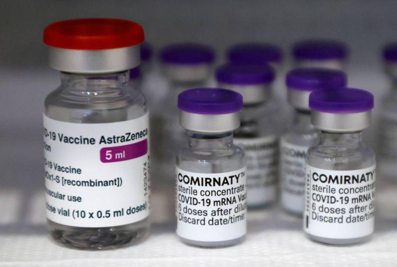 Vaccination ouverte lundi à tous les plus de 55 ans en France