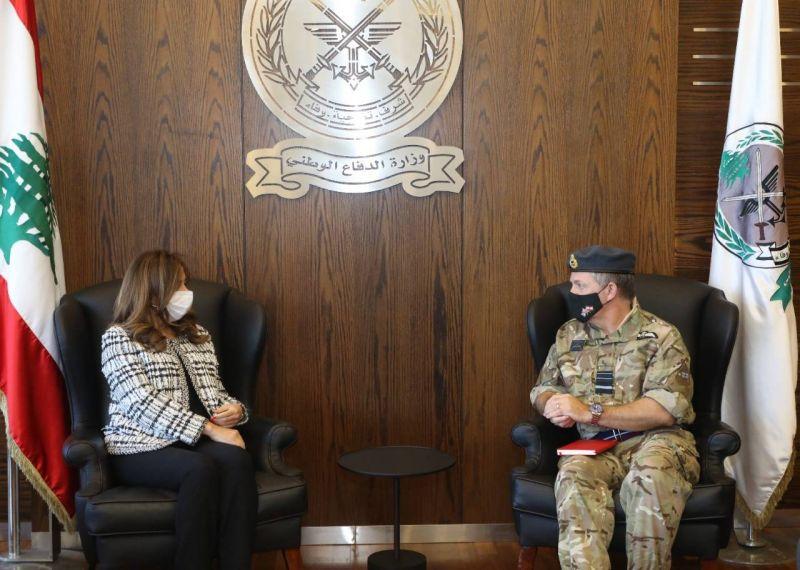 Acar reçoit un haut conseiller militaire britannique