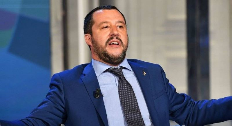 Matteo Salvini sera jugé pour avoir bloqué des migrants en mer
