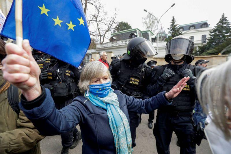 Prague demande à ses alliés de l'UE et de l'OTAN d'expulser eux aussi des diplomates russes