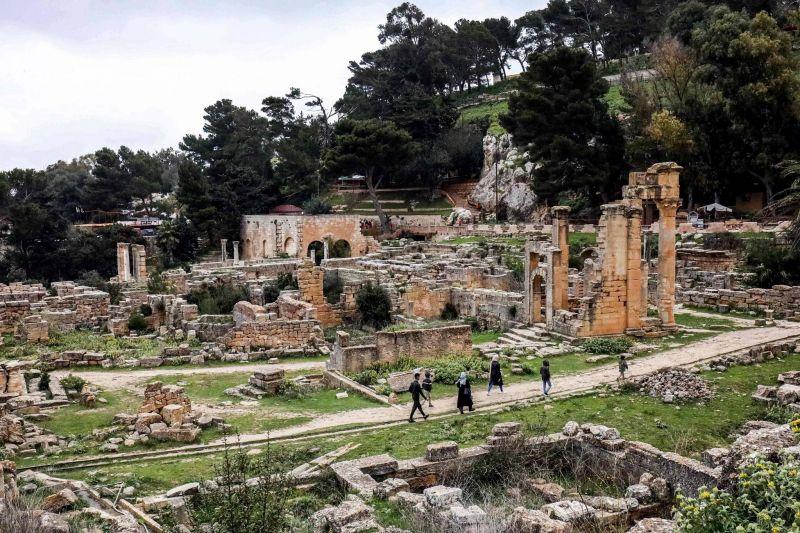 «L'Athènes africaine» menacée par les pelleteuses