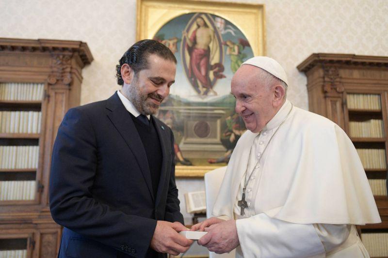 Devant Hariri, le pape appelle toutes les forces politiques à