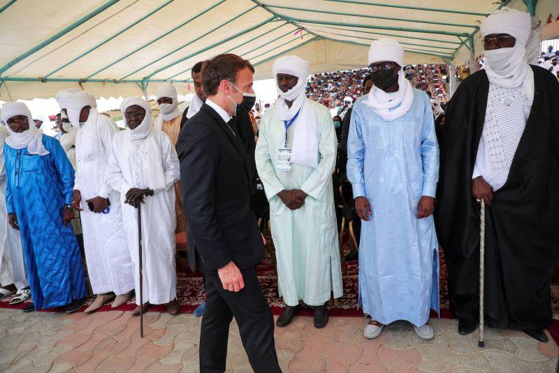 Funérailles de Déby, la France assure la junte de son soutien pour la