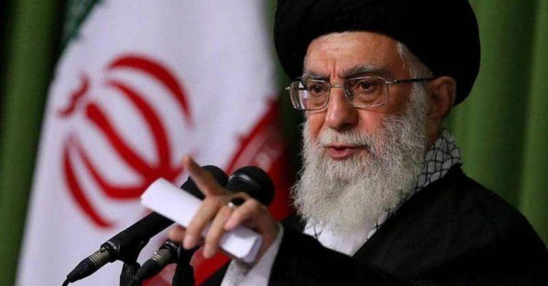 Khamenei dénonce comme une