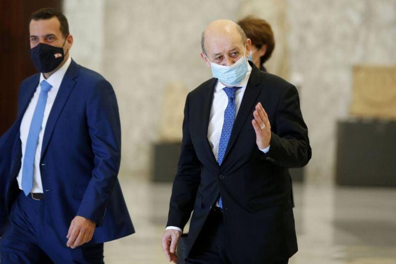 Devant Le Drian, Aoun se défend de tout blocage et accuse Hariri