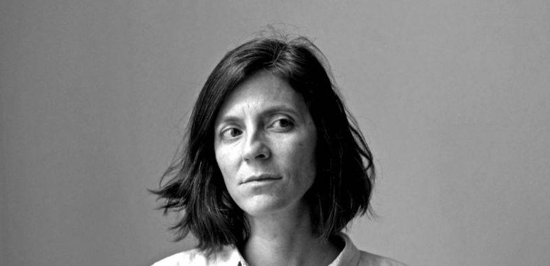 Justine Augier: Ce qui reste de beauté dans la noirceur du monde