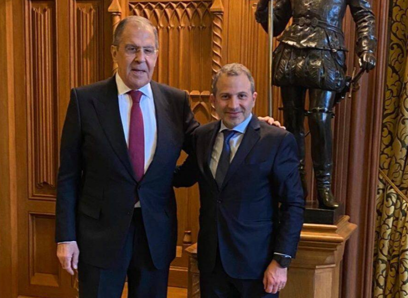 A Moscou, Bassil demande à Lavrov d'inciter Hariri à former le gouvernement