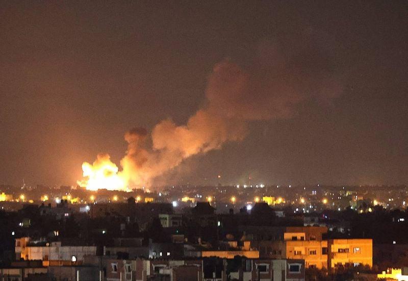 Vingt-huit Palestiniens tués à Gaza, pluie de roquettes vers Tel-Aviv