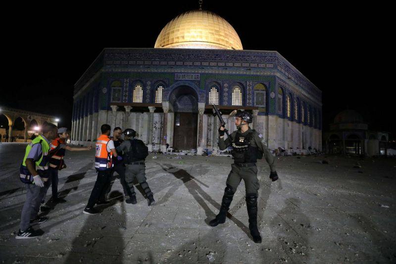 Week-end sous haute tension à Jérusalem-Est: des centaines de blessés