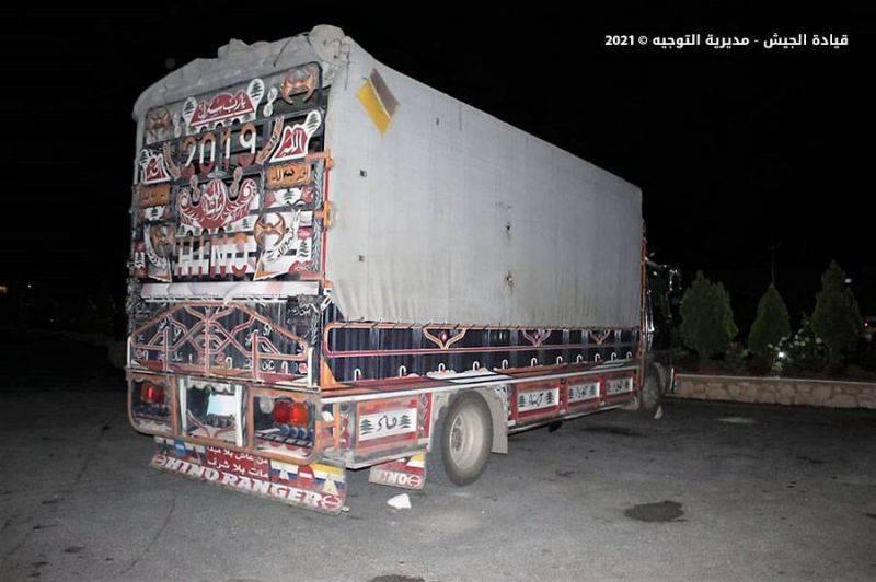 L'armée arrête 12 personnes et saisit plus de 12000 litres de carburant