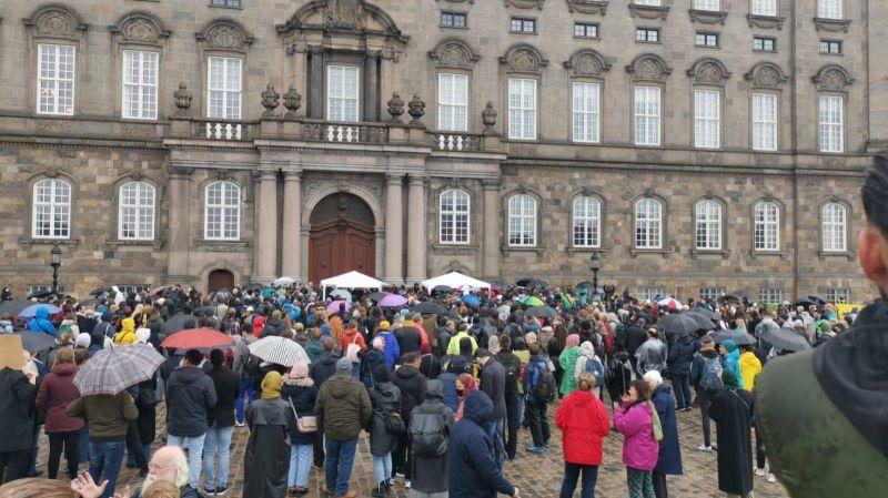 Le combat des réfugiés syriens au Danemark menacés d'expulsion
