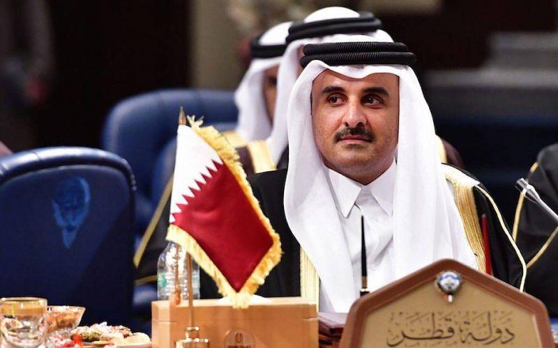 L'émir du Qatar appelle les responsables libanais à